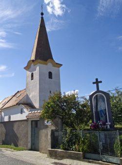 Cajla: Kostol Povýšenia sv. kríža